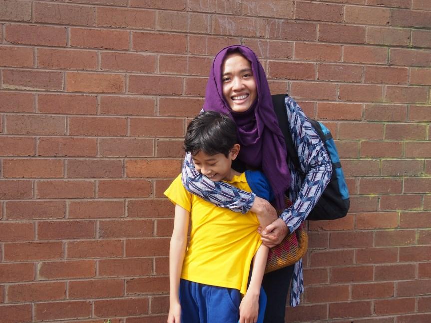 PhD Mama Lia: Sekolah itu RejekiKeluarga