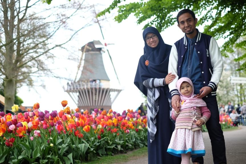 PhD Mama Dewi: Perempuan tak hanya dapur, kasur dansumur
