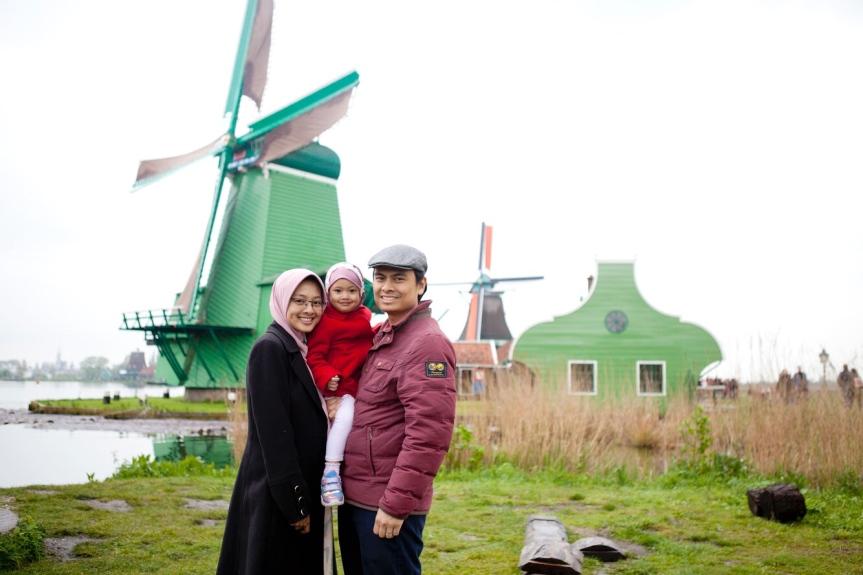 PhD Mama Ratri: Tentang pumping ASI, riset kanker dan keluarga sebagaisupport-system