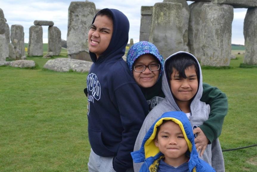 Winda Setiasari: Kisah Bunda PhD dan Tiga Kenari: Dari Bullying, Menjadi Single Mom, dan Jalan MenujuPulang